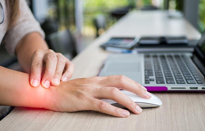 Helps Treat Carpal Tunnel Syndrome