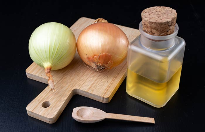 Onion juice for hair in Hindi