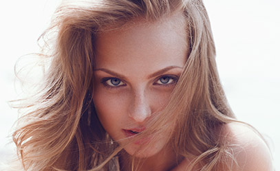 14 Easy Ways To Style Your Hair In Perfect Beach Waves