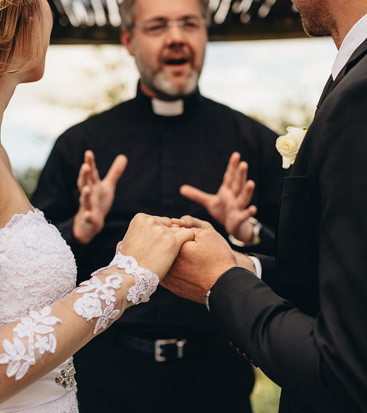 5 Modern Wedding Vows That Every 2019 Couple Needs