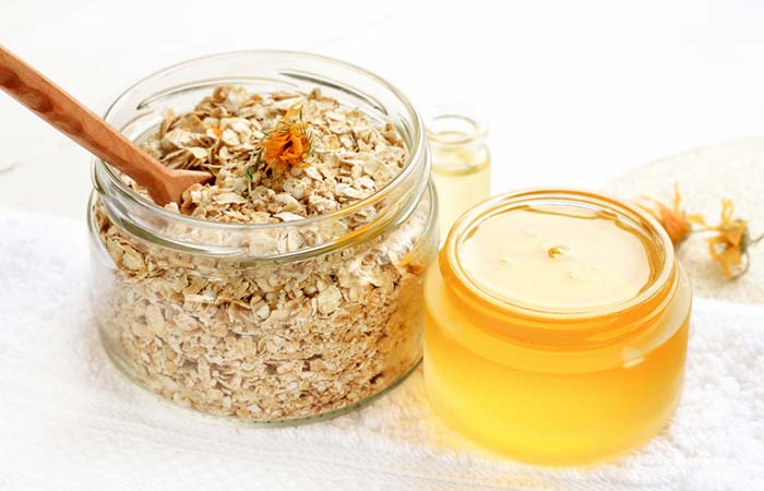 Agave Nectar And Oatmeal Face Pack