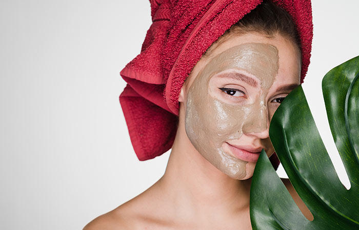 Multani Mitti for for Skin Exfoliation in hindi