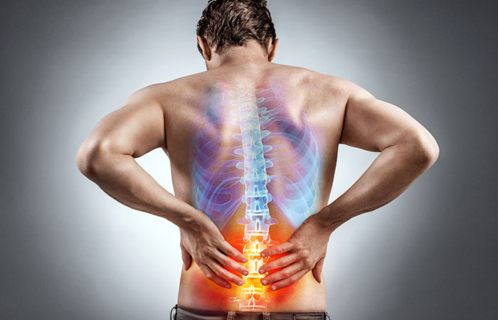 Causes of Back Pain in Hindi