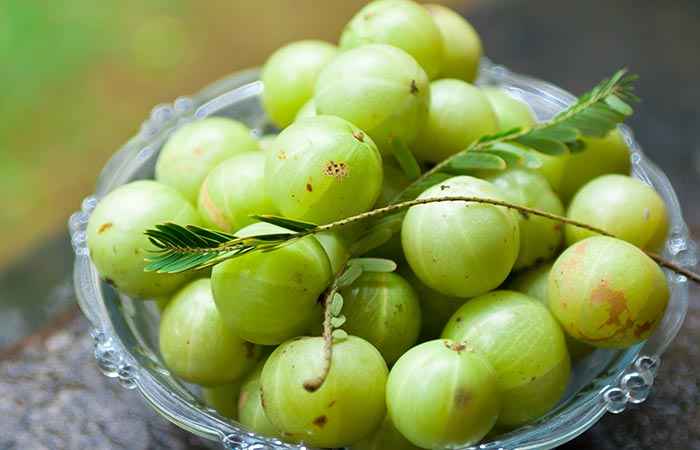 Gooseberry for food poisoning in Hindi