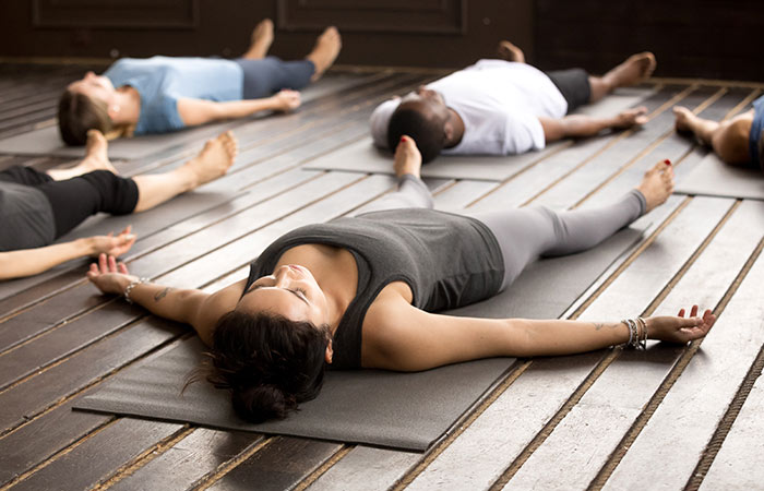 Savasana for Weight Gain in Hindi