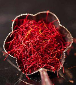 Saffron (Kesar) Benefits in Hindi