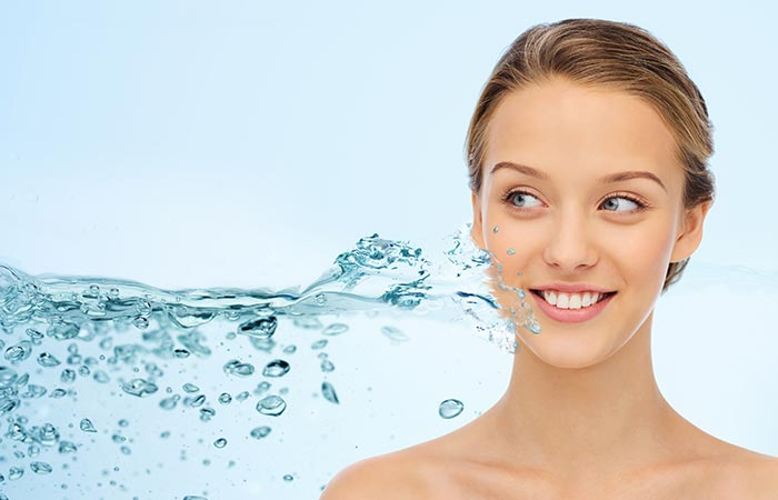 Skin Benefits of Water in Hindi
