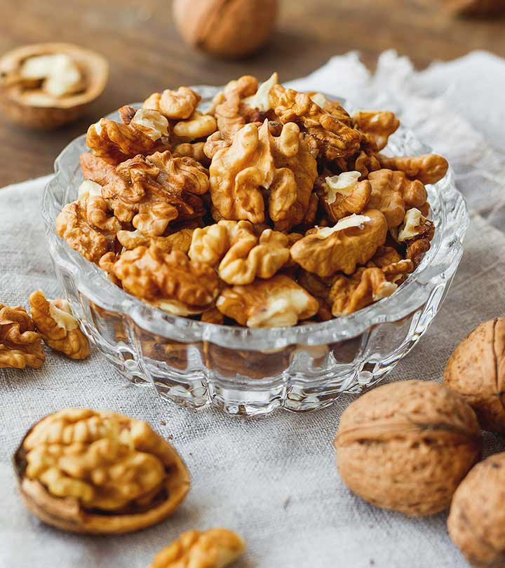 Walnut (Akhrot) Benefits, Uses and Side Effects in Hindi