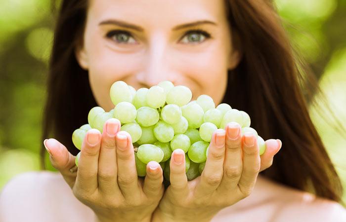 बालों के लिए अंगूर के फायदे - Hair Benefits of Grapes in Hindi