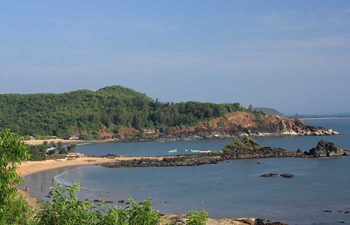 1. Enjoy the beach, the sand and the tranquility - the paths of the Gokarna beach trail