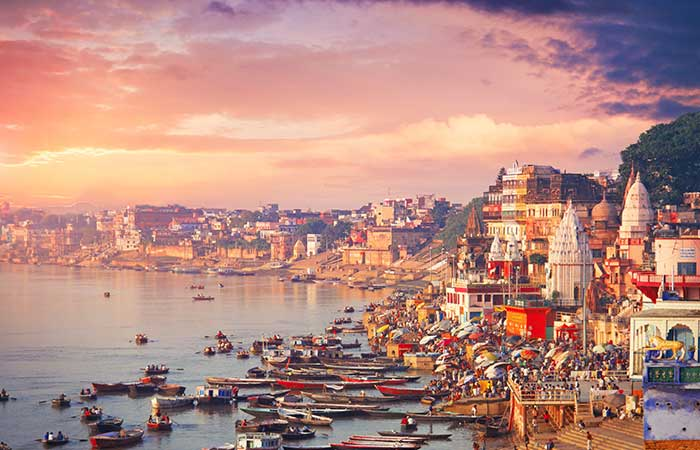 6. Enjoy Divinity and Grab the Holy Immerse - The Ganges River In Varanasi