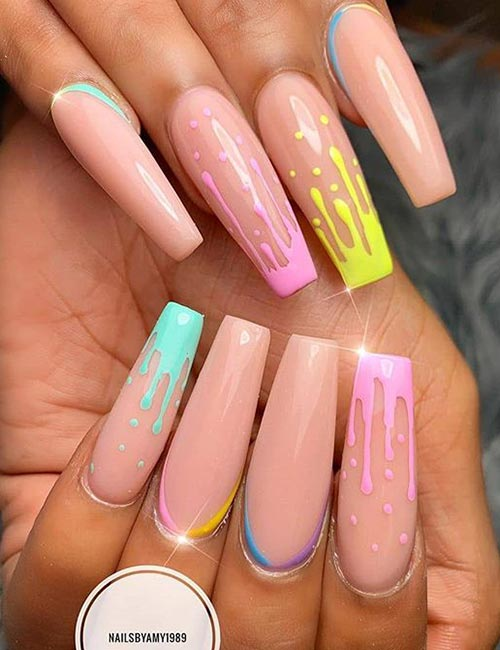 Instagram </strong></p> </div> <p>  What is the first thing that comes to mind when you see those nails? Popsicle? We also think. You can have fun with the tendency of jelly. These nails are perfect for your summer dress or beach-cation! </p> <p>  The summer trend gives people a great nostalgia in the 90s. If you feel afraid to miss, #FOMO, continue your nails painted with these jelly colors. If you are afraid that the jelly texture may deviate you, do not worry, the texture and color are smooth as the other varnishes. It&#39;s just the transparency that gives the tendency the similarity. </p> <p>  So, would you try this? Post some photos for us to see! <a rel=