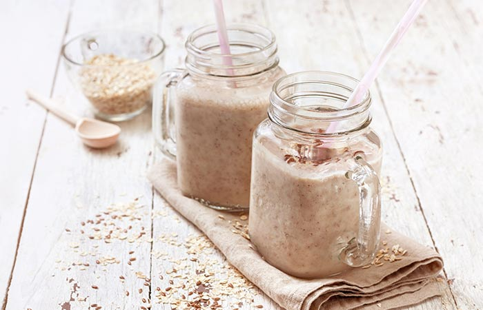 Apple, Milk, and Flex Seeds Smoothie