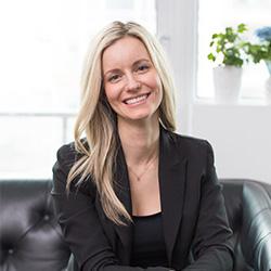 Dr. Laura Belus