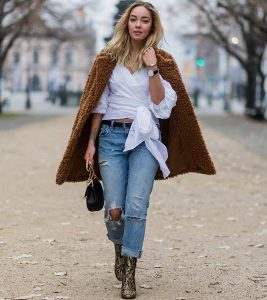Here's How You Style Cropped Pants With Boots