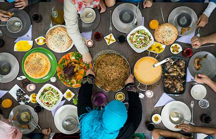 Here's How Your Pre-Dawn Meal Should Look Like
