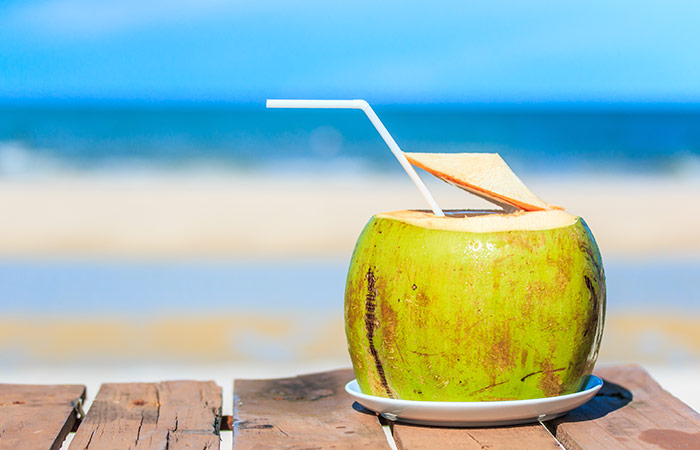 How to Use Coconut Water in Hindi