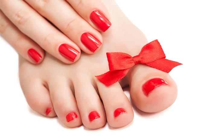 Insert nail polish