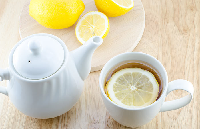 Some ways to drink hot water to lose weight