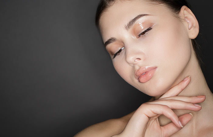 11. Glossy Makeup