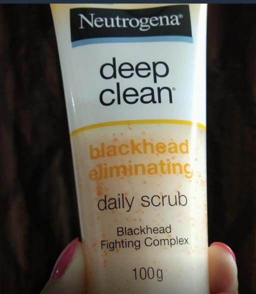 Neutrogena Deep Clean Blackhead Eliminating Daily Scrub-Wow-By kiran@2203