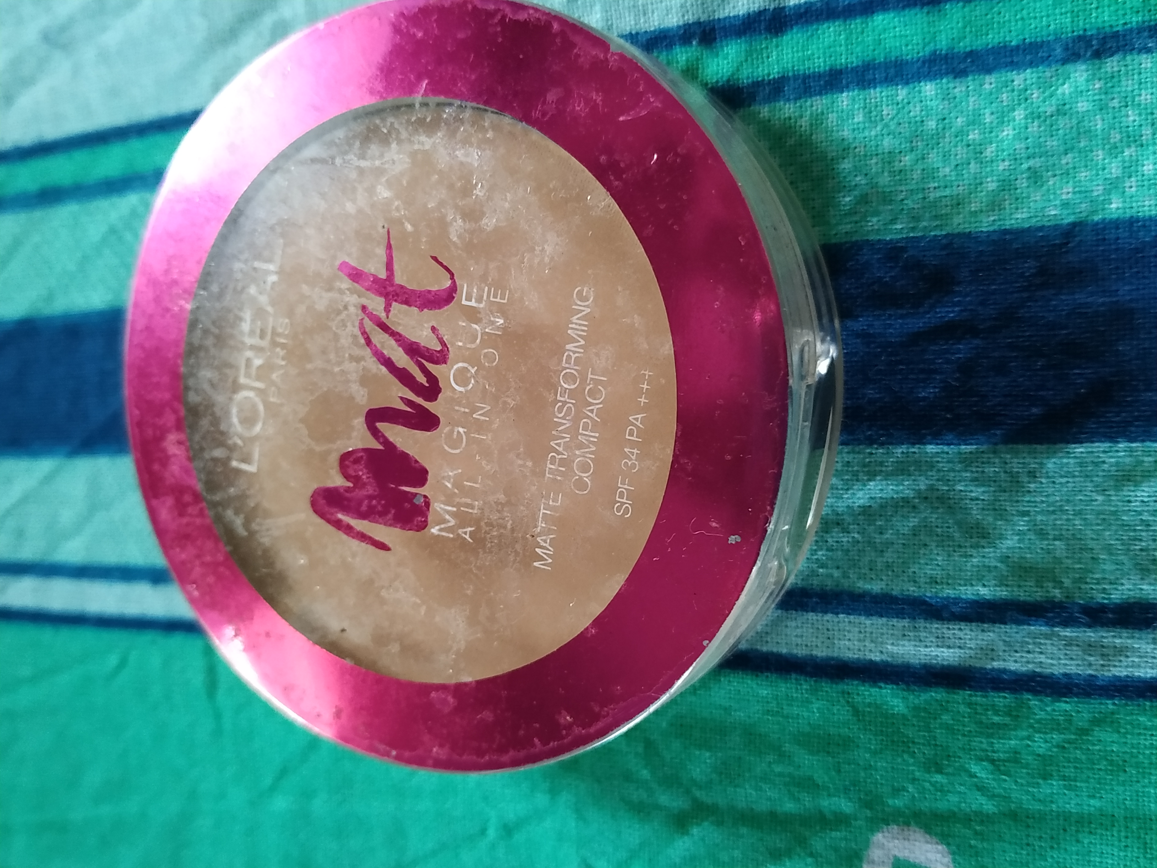 L'Oreal Paris Mat Magique All-In-One Pressed Powder-A ok ok product.-By sananda9310-1