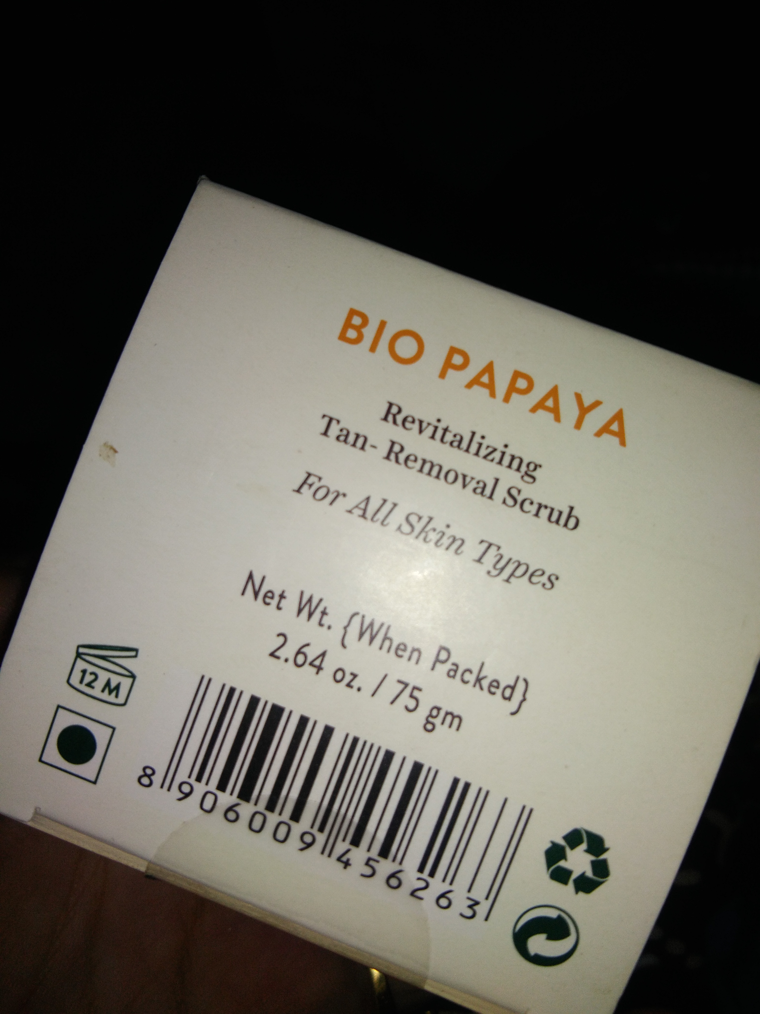 Biotique Bio Papaya Revitalizing Tan Removal Scrub pic 3-Good buy for normal to oily skin-By komal24
