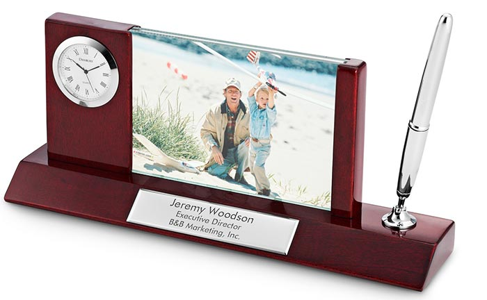 Personalized Pen Stand With Clock