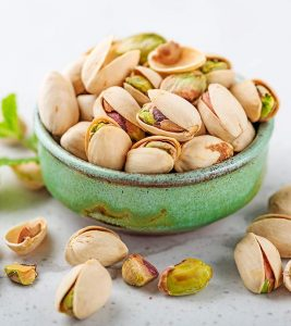 Pista Benefits, Uses and Side Effects in Hindi