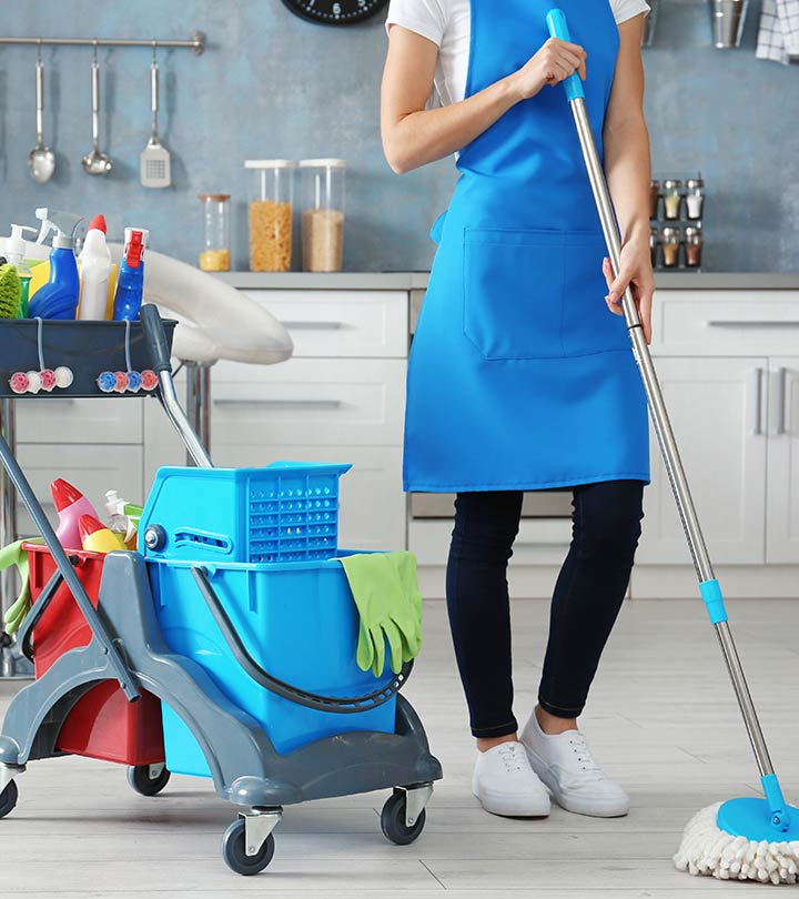 We Are Happier When Someone Else Does Our Household Chores, According To A Study