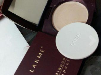 Lakme Radiance Complexion Compact -Okay product-By nikita_bandekar_