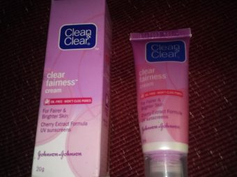Clean And Clear Fairness Cream -Nice Product-By anwesha_roy