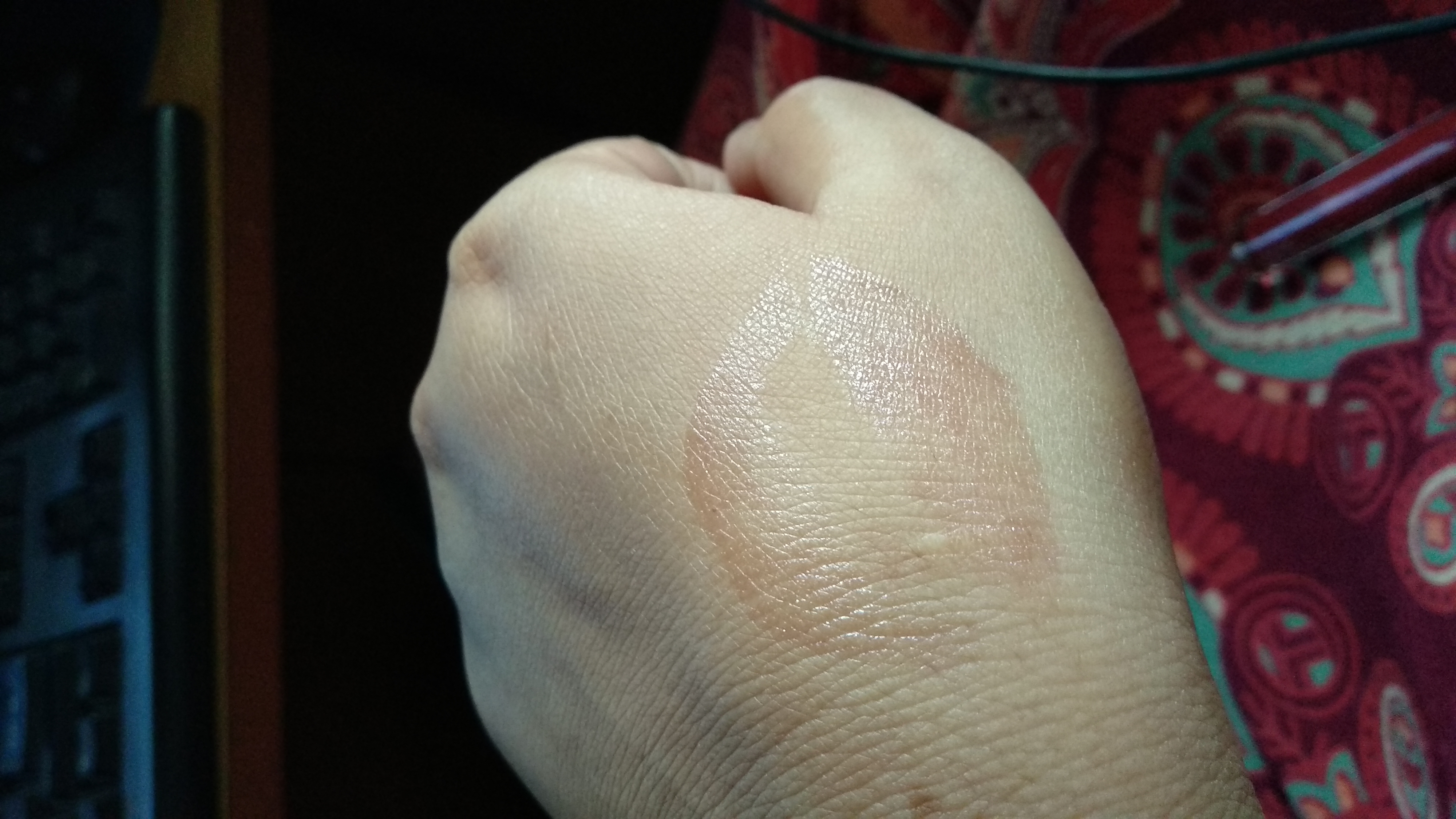 Lakme Absolute Plump And Shine Lip Gloss-my first ever lip gloss i bought-By tarjani@tj-2