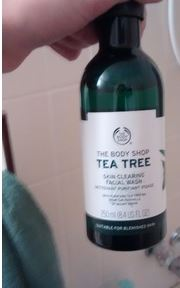 The Body Shop Tea Tree Body Wash-A must-buy product-By kirti_sharma