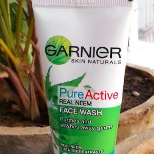 Garnier Skin Naturals Pure Active Neem Face Wash pic 2-Very Good-By sapna_mundada