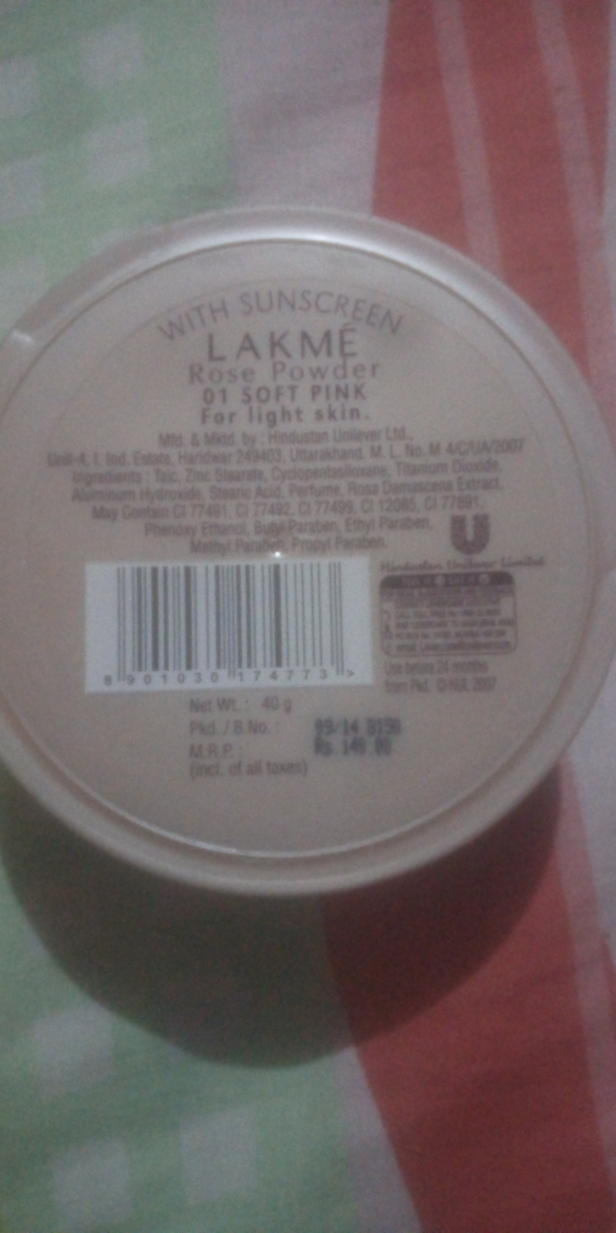 Lakme Whitening Rose Powder With Sunscreen-Fits in budget-By know.your.vanity-1
