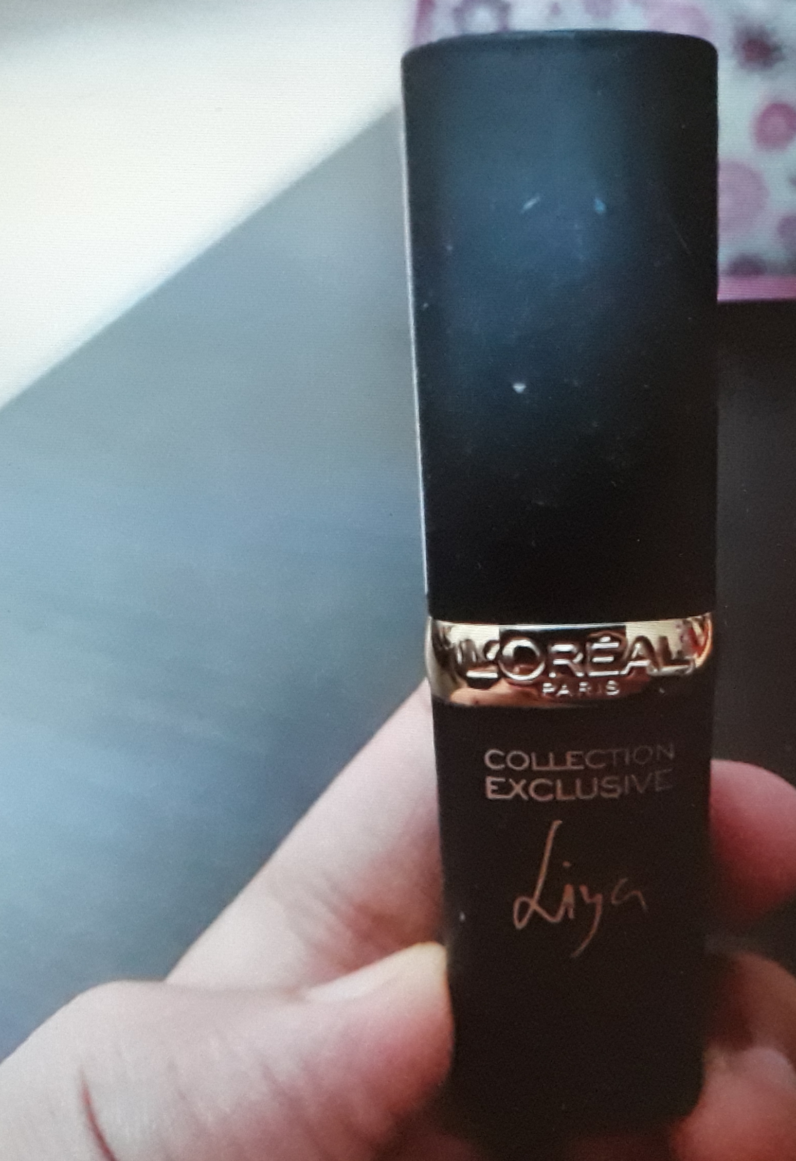L'Oreal Paris Color Riche Lipstick-Loved the smooth texture-By Varsha