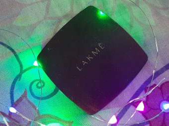 Lakme Radiance Complexion Compact pic 2-Awesome Compact !-By ritzie_kaur