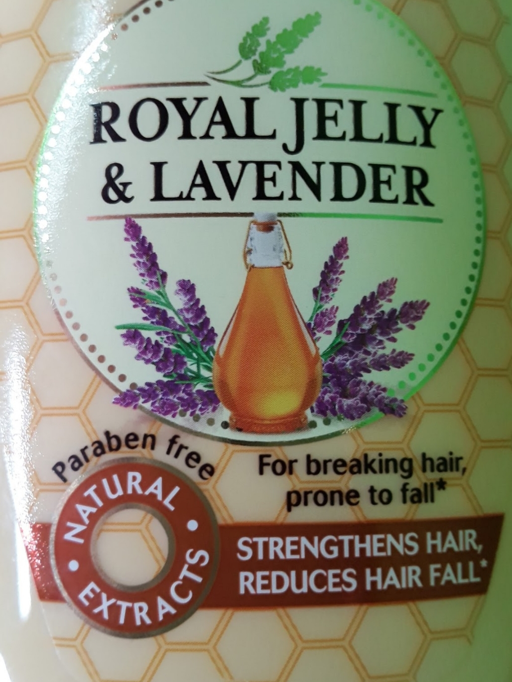 Garnier Ultra Blends Anti Hairfall Shampoo Royal Jelly & Lavender pic 2-Good anti hair fall shampoo-By shruti_joshi