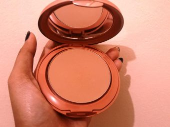 Lakme 9 To 5 Primer + Matte Powder Foundation Compact pic 1-smooth and silky texture-By riya_neema