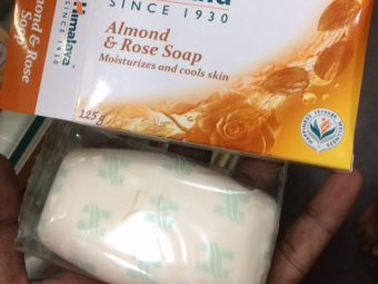 Himalaya Herbals Almond And Rose Soap pic 2-Best Cleanser For Dry Skin !!-By sindoori_jayaprakash