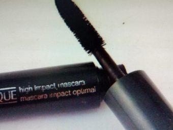 Clinique High Impact Mascara pic 2-Volumizing and lengthening mascara-By papri_ganguly