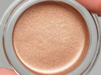 Revlon Colorstay Creme Eyeshadow pic 2-Matte and Shimmer-By aparna_dhakne
