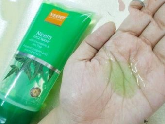 VLCC Neem Face Wash pic 2-Perfect for daily use-By ranjani