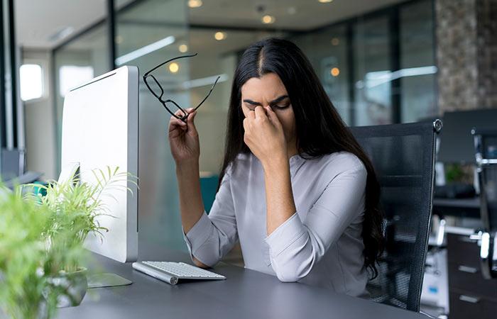 8. तनाव दूर करता है