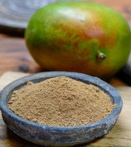 Amchur (Mango Powder) Benefits and Side Effects in Hindi