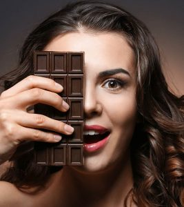 Dark Chocolate Benefits and Side Effects in Hindi