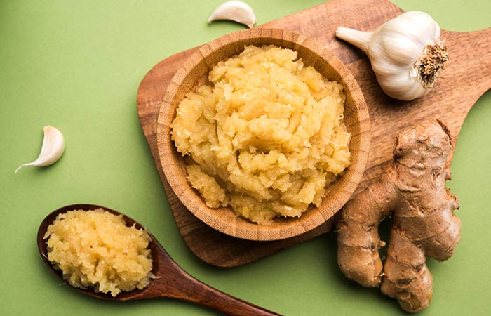 Ginger paste to enhance hair