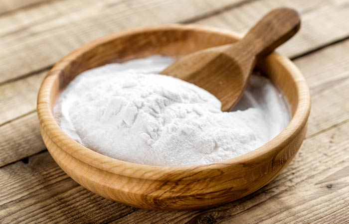 Gram flour and baking soda face pack