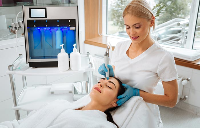 How Does HydraFacial Work Things To Expect During The Treatment
